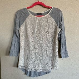 Market & Spruce Burnadette Lace Overlay Top - xs